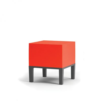 Primary pouf3